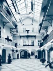 CEVRO institut sídlí ve zrekonstruované Měšťanské besedě