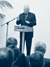 Jedním z řečníků byl i garant studijního programu Právní specializace Prof. Dušan Hendrych.