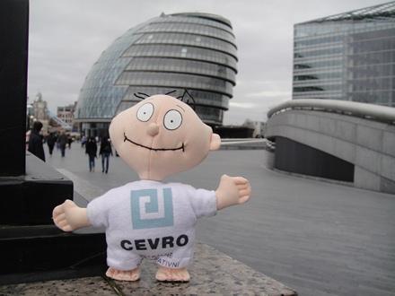 CEVROň před sídlem starosty Londýna