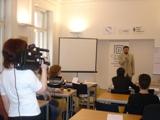 K veřejné prezentaci patří i vystoupení před kamerou